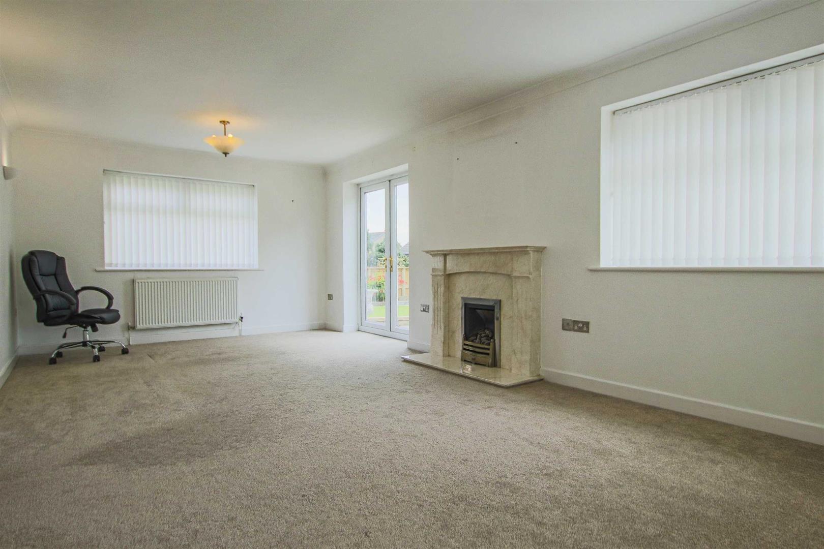 5 Bedroom Detached Bungalow For Sale - Image 33